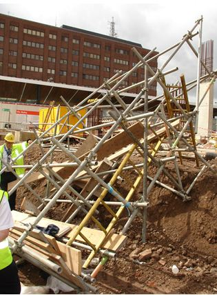 scaffolding collapse
